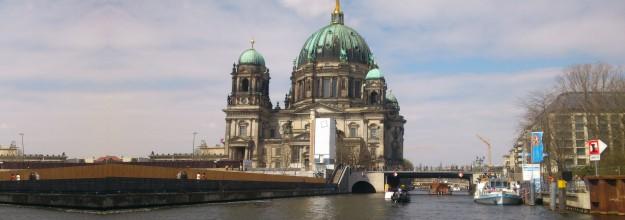 Salonschiff-Berlin_Heiraten-Schiff_mieten-chartern Damperfahrt-Bootstour-Spree 27
