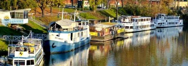 Schiffcharter_Spreefahrt_Boot_mieten_ Ausflugsschiff_Fahrgastschiff_Berlin_Havel_Potsdam 5